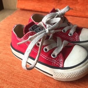Converse all star chuck Taylor's red